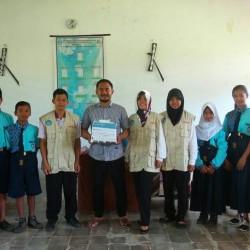 Donasi Buku untuk SMP N Morotai3